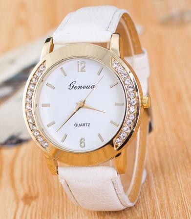 DÁMSKE hodinky  dec1d816eb7